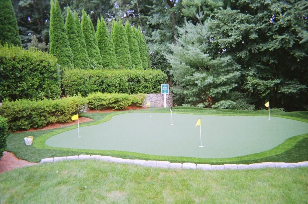 Back Yard Putting Green